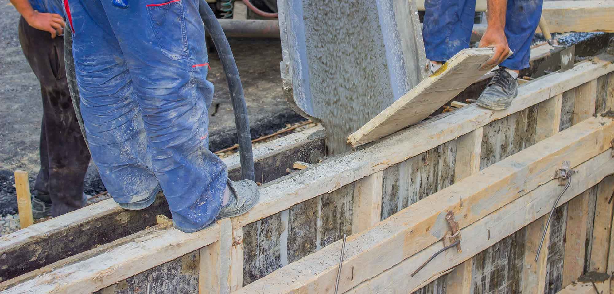 Concrete Retaining Wall Contractor